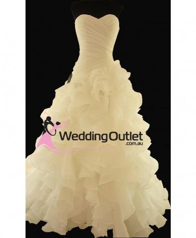 ruffle-wedding-dresse-new-zealand-elenora