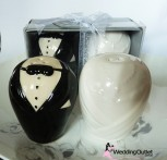 bride-groom-wedding-favour-salt-and-pepper