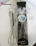 egg-whisk-wedding-favors