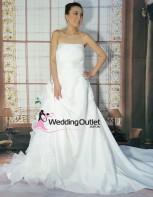 plus-size-wedding-dresses-laura