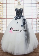 taylor-black-and-white-wedding-dress-gown