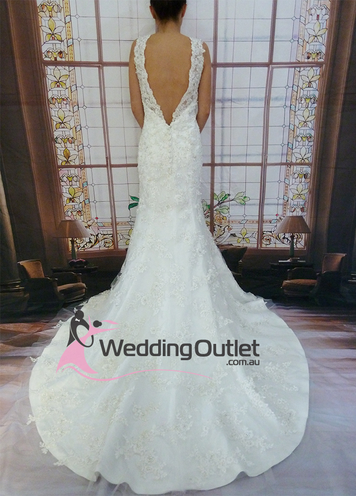 Lace Wedding Gowns Perth : Wedding outlet dresses bridesmaid
