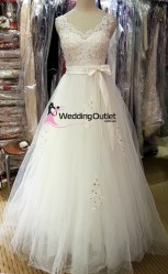 v-neck-princess-sleeve-wedding-gown-misty