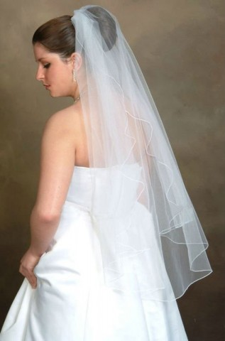 simple-wedding-veil