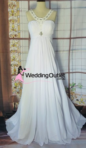 ashlie-wedding-dress-beach-halter-neck