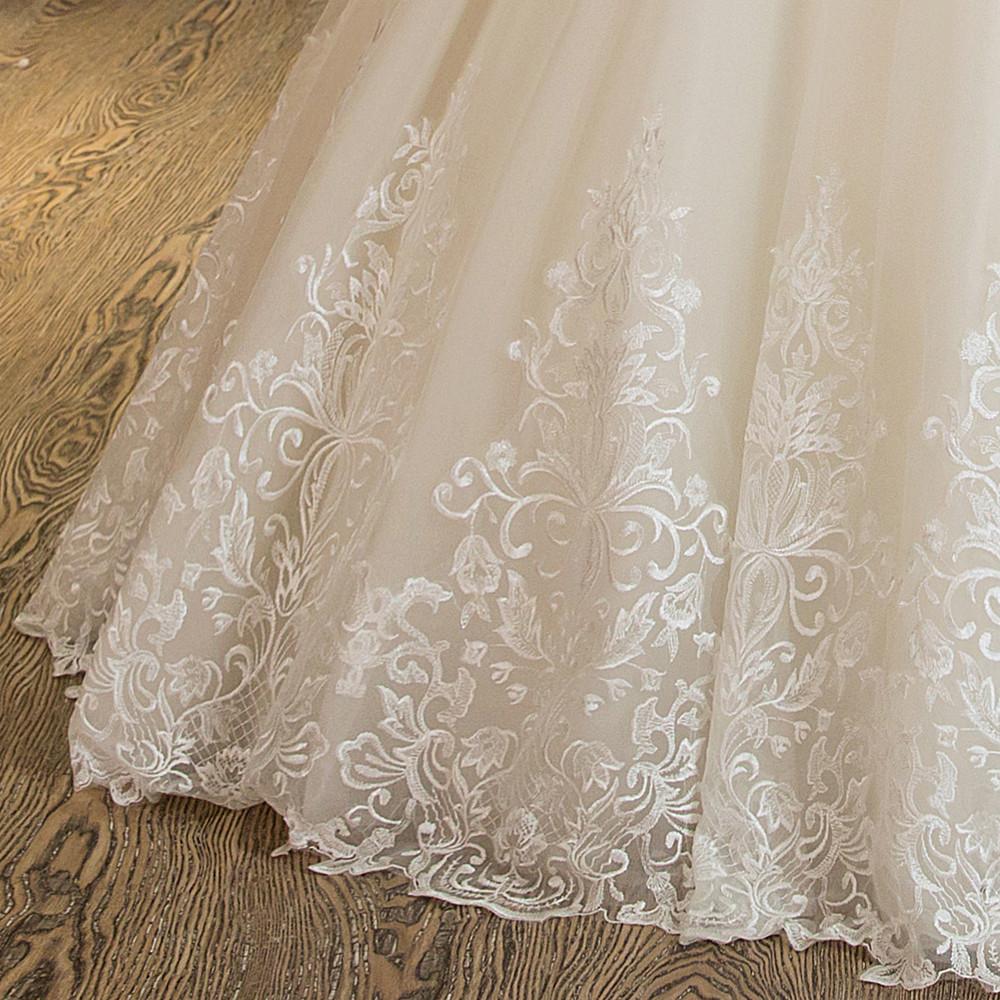 White Wedding Dress Nz: WeddingOutlet.co.nz
