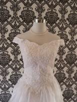 cathedral-wedding-dresses-off-shoulders-elizabeth