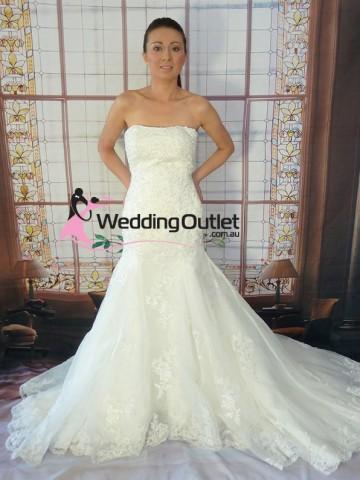 mermaid-lace-wedding-dress-custom-made-amanda