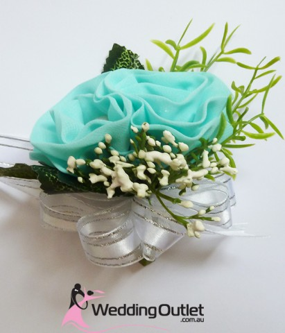 tiffany-blue-corsages-bouquets-wedding
