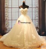 wedding-dresses-flowers-alison
