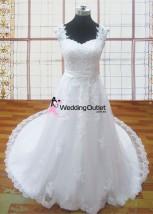 sleeves-lace-wedding-dresses-lesley