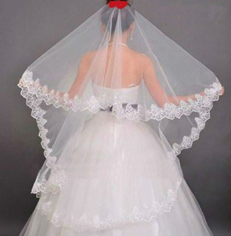 wedding-veil-with-lace