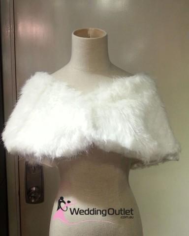 fur-coat-bridesmaids-cardigan