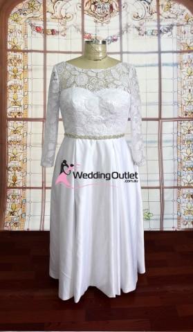 long-sleeve-wedding-dresses-australia-lily