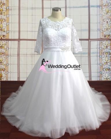 long-sleeved-lace-wedding-dress-viola2